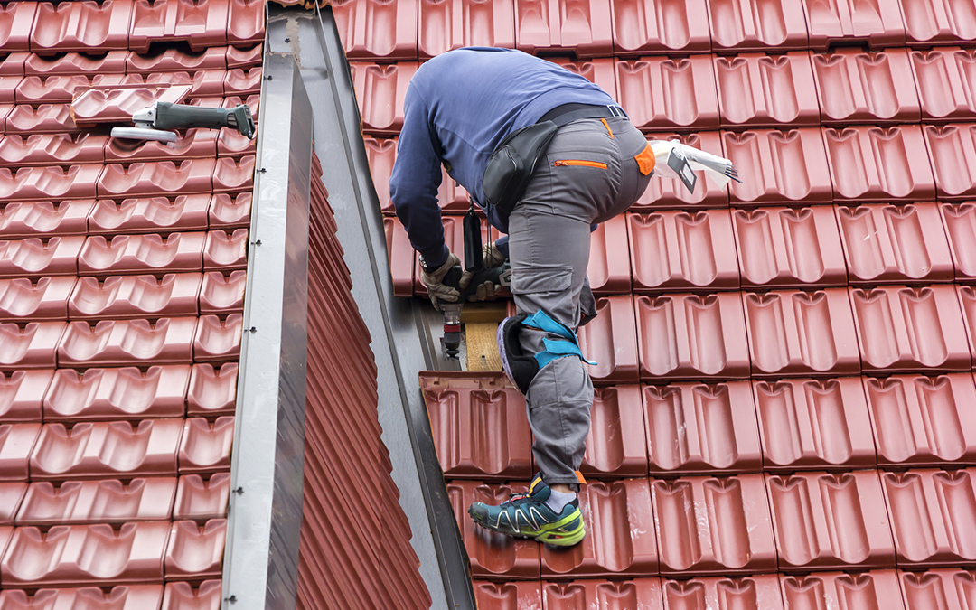 5 Questions to Ask Before Hiring Professional Roofing Services