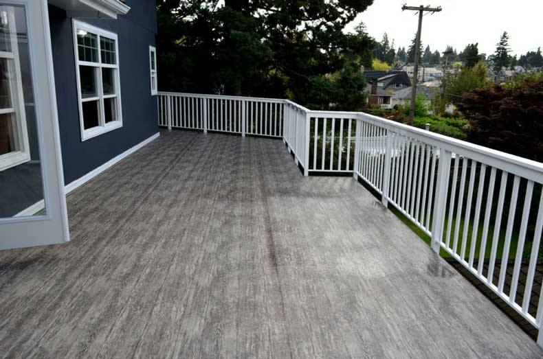 5 Reasons to Consider Vinyl Decking