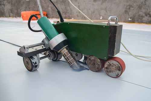 Roof Sealing Machine and Vinyl