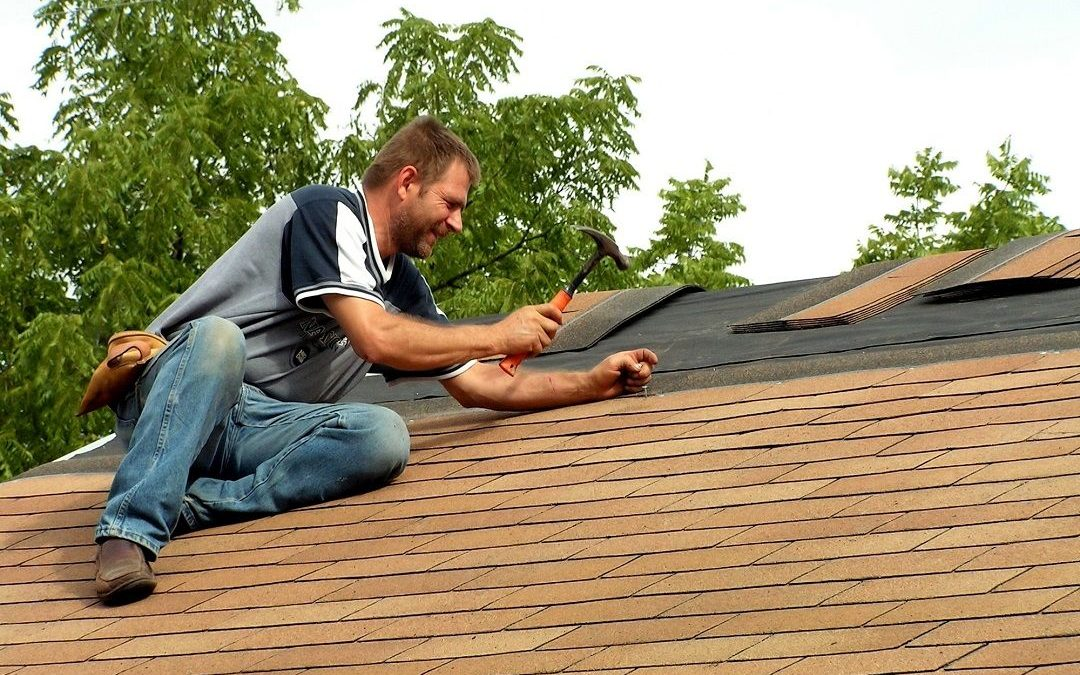 5 Signs That You Need Roofing Repairs in Calgary